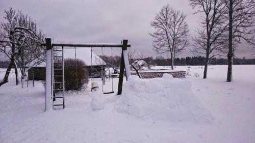 Nahkanuia lumememm ja -kindlus 2015  @Nahkanuia